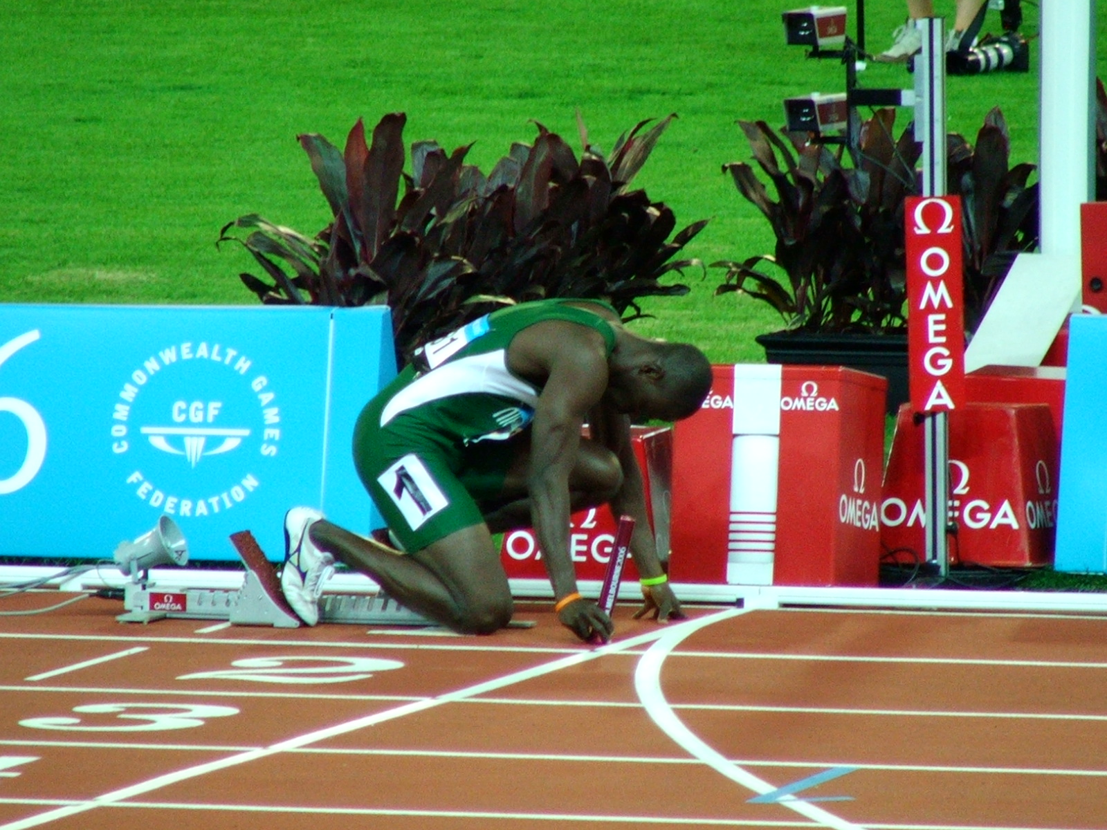 Nigeria at the 4 x 400 start line